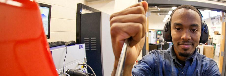 Renewable Energy and Engines Laboratory